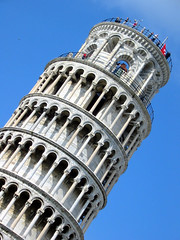 Pisa - the Leaning Tower (sue_n_alex) Tags: italy pisa leaningtower