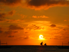 Sunset Boat Boats Sea Ocean Southeast Asia Philippines Sonnenuntergang (hn.) Tags: ocean sunset sea sky copyright cloud sun beach water silhouette backlight clouds strand sailboat contraluz boats island boot evening abend coast boat asia asien heiconeumeyer meer seasia soasien southeastasia sdostasien wasser sailing ship sonnenuntergang sundown dusk philippines himmel wolke wolken boote insel pi shore sail dmmerung boracay sonne schiff contrejour segeln visayas segelboot pilipinas segel kste gegenlicht philippinen abendrot copyrighted paraw whitebeach aklan sailingboat thephilippines ozean boracayisland westernvisayas westvisayas tp0708 diephilippinen thephils aklanprovince