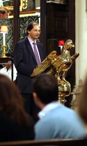 Dr David D'Cruz