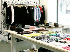 Lil*Shop (Style Spotted) Tags: street berlin modern underwear tshirts mode luxus schuhe avantgarde sweatshirts longsleeves taschengepck httpwwwstylespottedcomspotprofiles64lilshopcommedegaronjunyawatanabe limitierteeditionen