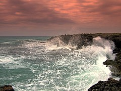 Sulle rive del traguardo-On the banks of goal (_Blaster_) Tags: red sea sky italy water clouds rocks italia nuvole mare waves fuji f30 cielo finepix salento puglia manduria blaster onde goldenglobe justimagine torrecolimena fujif30 aplusphoto torrecolumena
