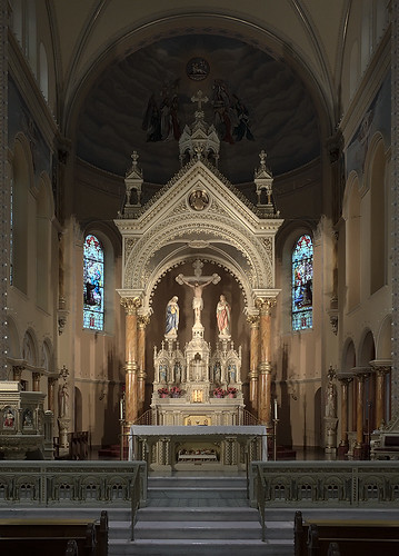 Saint Anthony of Padua Roman Catholic Church, in Saint Louis, Missouri, USA - sanctuary