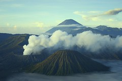 Bromo morning (Farl) Tags: mountain mountains cold fog clouds sunrise indonesia volcano java smoke caldera volcanoes gunung range jawa bromo semeru active tengger batok eastjava jawatimur probolinggo