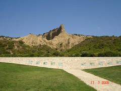 Gallipolli - Mausoleo (Santiago Stucchi Portocarrero) Tags: turkey trkiye worldwari distillery gallipolli turqua gelibolu primeraguerramundial stucchi 5photosaday santiagostucchi