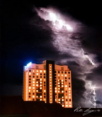 Lightning over Surfers Paradise (Shenanigans in Japan) Tags: australia lightning prefecture goldcoast 福島県 福島市