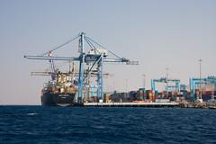 Docks (Dani3D) Tags: sea docks barco ship redsea jordan aqaba jordania muelles marrojo viajesiriayjordania2007