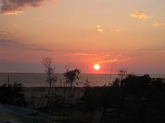 Sunset...Bay of Bengal, Cox'sBazar, Bangladesh (kisholoy) Tags: sunset nature bangladesh bayofbengal coxsbazar sohelstry beautifulbangladesh