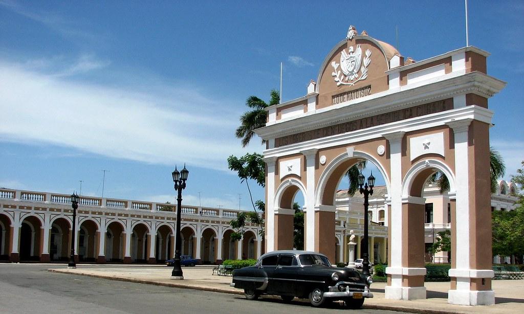 Cienfuegos - Cienfuegos, para R.E. Ames y esposa y para todos. 2114469841_ba35ab1691_b