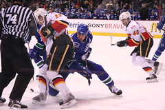 Vancouver Canucks vs Calgary Flames