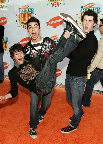 Jonas Brothers: Kids Choice Awards by JonasGrl4ever.