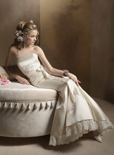 A Blond Sexy Bridal with Pointed Nose Sexily Wearing Sensual and Elegant Wedding Gown