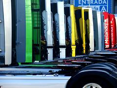 hUMAn - Estoril Racing Days #12... United Colours (RiCArdO JorGe FidALGo) Tags: portugal colours sony trucks motogp 2007 estoril autódromodoestoril dsch2 fidalgo72 ricardofidalgo ricardofidalgoakafidalgo72
