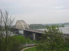 Nijmegen Waalbrug vanaf Belvedere (Arthur-A) Tags: bridge netherlands nijmegen river nederland pont brug waal gelderland rivier