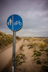 Cycle Path (teltone) Tags: anotherplace waterloo sony sonyrx100mk4 seftoncoast liverpool merseyside beach anthonygormley winter flaneur mirrorless street sefton uk shoplocal home culture fab afternoon sonyrx100m4