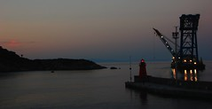 il guardiano del vuoto (balenafranca) Tags: isola giglio island toscana italia arcipelago mare luce sera light evening crepuscolo