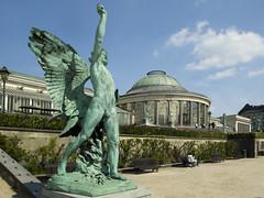 Jardin botanique de Bruxelles (DaveKav) Tags: brussels statue belgium bruxelles olympus e510 jardinbotaniquedebruxelles