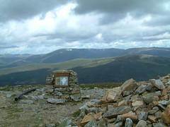 Ben Gulabin&Morrone 043 (lairig4) Tags: mountains walking scotland scenery hills views morrone corbetts