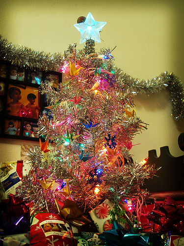 Dolls' New Year Tree