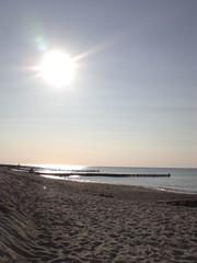 Ahrenshoop (F l e u r) Tags: sea summer sky sun beach water germany sunny balticsea ostsee ahrenshoop mecklenburgvorpommern mecklenburgwesternpomerania
