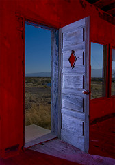 Diamond Door (Noel Kerns) Tags: abandoned station night texas flat salt texaco