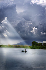Light (pons lizares) Tags: mountain fish man water clouds boat fisherman pond philippines sunrays soe fishpond luzon pampanga solor minalin mtarayat supershot specnature spectacularnature abigfave anawesomeshot superbmasterpiece diamondclassphotographer flickrdiamond sunisdrawing betterthangood goldstaraward llovemypic ponslizares outstandingpinoykudakero