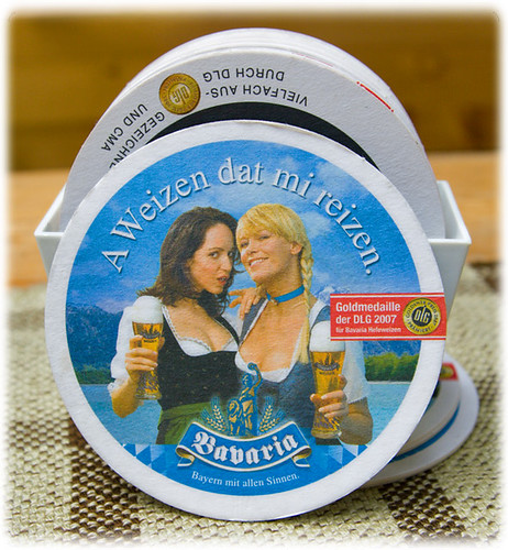 A Weizen dat mi reizen - girls with big boobs and beer