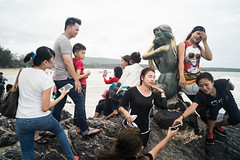 * (Sakulchai Sikitikul) Tags: street snap streetphotography songkhla sony statues mermaid thailand voigtlander 28mm a7s samilabeach seascape sea