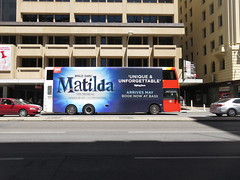 Scania K320UD 3401 on Grenfell St (RS 1990) Tags: adelaide southaustralia friday 10th february 2017 scania bus k320ud 3401 grenfellst matilda musical