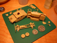 Revell 1/76 Humvees (Jpl3k - Jipple28) Tags: army us model gun pieces parts military small plastic armor tiny micro build hummer h1 humvee hmmwv revell troopcarrier m998 m1025 176scale