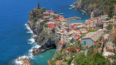 Vernazza From Above Widescreen (Scott Ingram Photography) Tags: ocean old blue wallpaper italy beauty harbor colorful surf waves village background 100v10f hillside vernazza cinqueterra hdr 16x9 highdef widscreen photomatix tonemapped 1920x1080 sipbotbfs