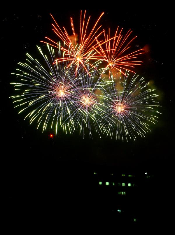 makati fireworks 4