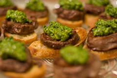 Steak bites topped with Herb Salsa (Culinary Fool) Tags: green herbs steak brunch appetizer salsa filet pesto fingerfood crostini dinnerclub cookingclub culinaryfool afterthefactweddingshower