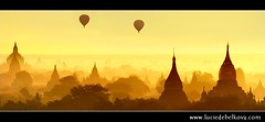 Myanmar - Balloons Flying over Mystical Bagan during Wonderful Sunrise ( Lucie Debelkova / www.luciedebelkova.com) Ta