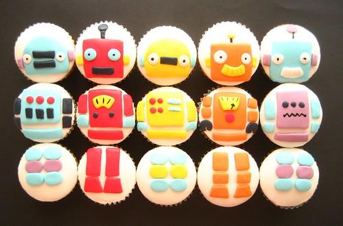 build a ROBOT cupcakes!