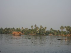 river traffic (gradyo) Tags: india kerala backwaters alleppey