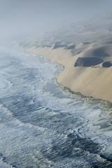 Namib coast (elosoenpersona) Tags: africa sea nature fog coast mar sand waves desert atlantic arena namibia olas niebla acantilado namib 10faves avision aplusphoto holidaysvacanzeurlaub elosoenpersona