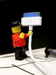 LEGO packt ein iPhone aus