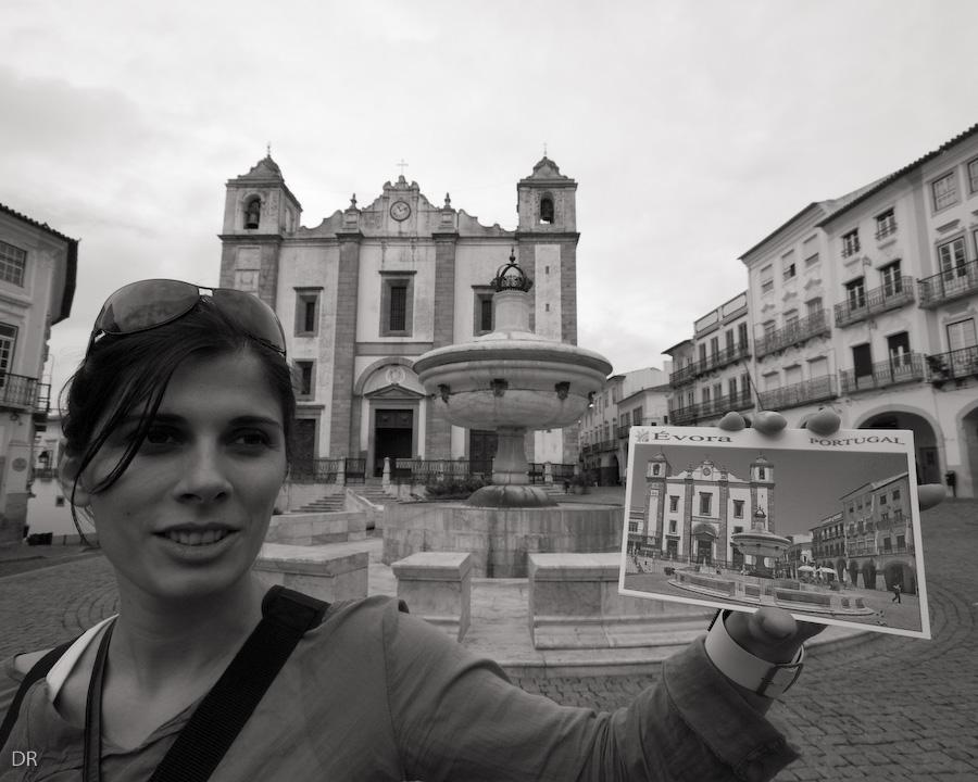Eva na Praça do Giraldo em Évora