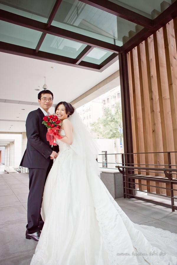wed110326_0609