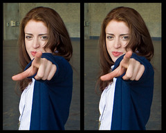 Pointing Emma in 3D (neilcreek) Tags: 3d crosseye stereo photooftheday loreo blog071006 28apr2008