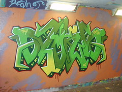 spiky (Loki SON) Tags: wall graffiti loki norwich graff yesh pore tph teem
