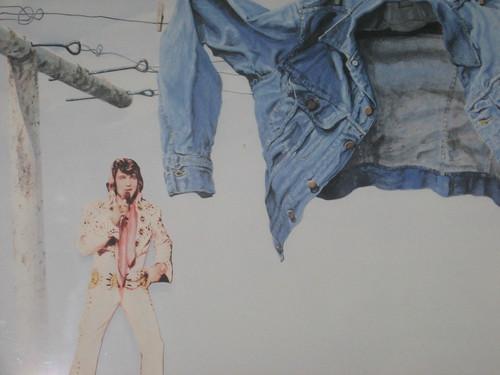 Elvis Hangs Out