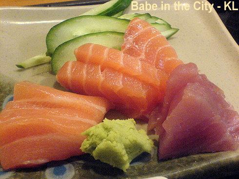UT - Tori Karaage Set - sashimi
