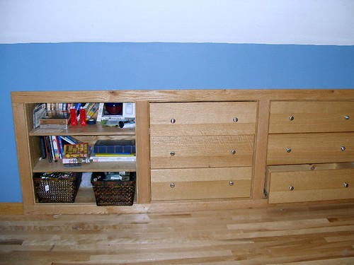 Bedroom #2 Drawer & Shelf unit