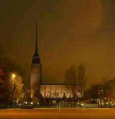 Agricolankirkko ([ Petri ]) Tags: city church night finland helsinki architect eira opusdei 1on1 punavuori agricolankirkko larssonck abigfave mikaelagricola 1933–1935