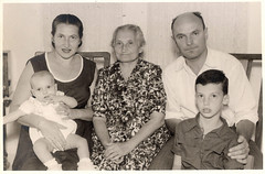 241 (yair_galler) Tags: oldfamilyphotos