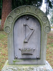 lone fir cemetery - portland, or (DeadManTalking) Tags: cemetery graveyard oregon portland harp multnomahcounty lonefir whitebronze deadmantalking