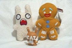 GINGY meets EAT ME dunny (kingkong21) Tags: toys dunny gingy plushcollection screaminbunny