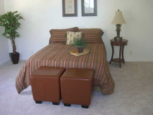 bedroom/accent table/bedding/ottomans