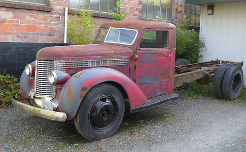 Old Truck - Greenwood by brewbooks